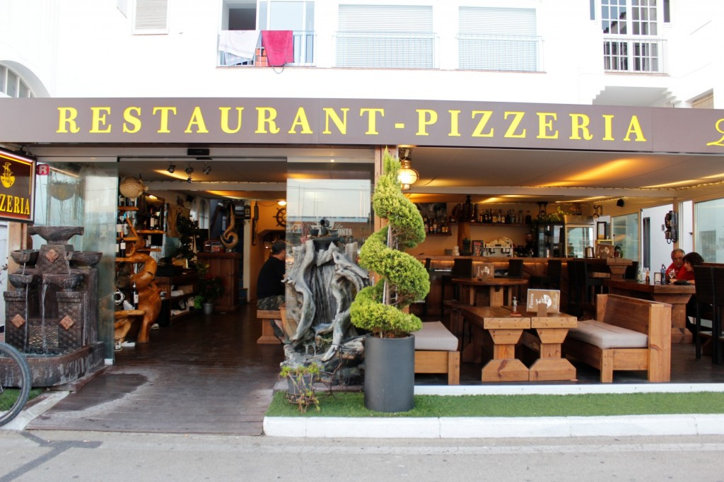 Les Fonts Restaurant & Pizzeria
