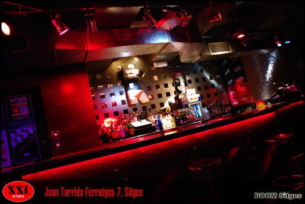 XXL Gay Bar